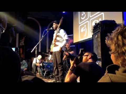 Marcus Miller Masterclass at Bass Day 2011 [FULL]